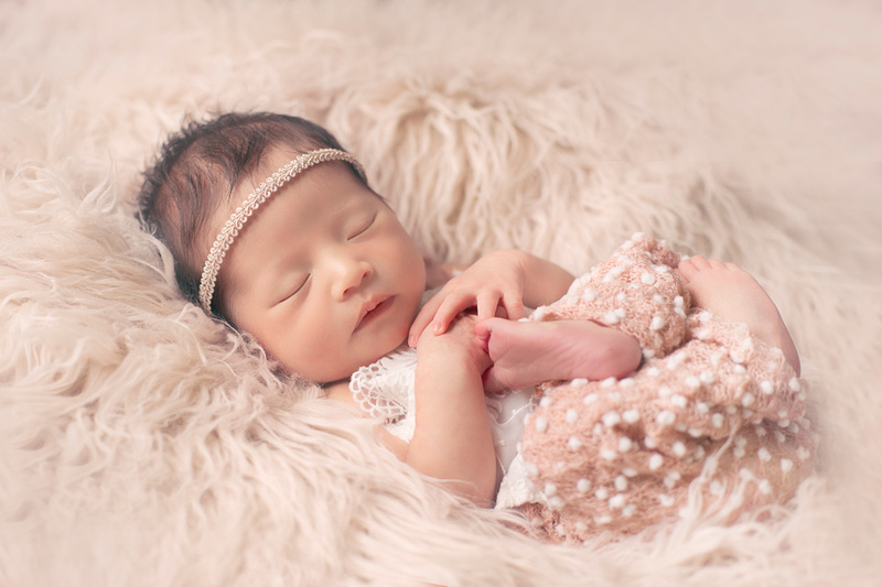 Syracuse Newborn Photographer